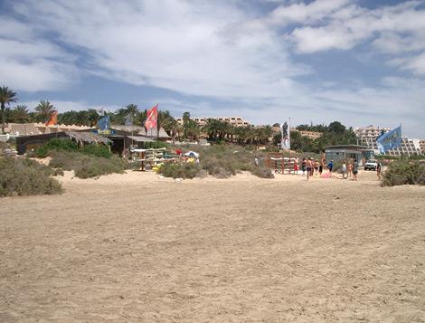 Surfschule am Strand von Costa Calma