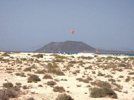 Kite surfing on Corralejo beach