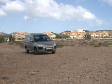 Parkmöglichkeit am Strand von La Pared