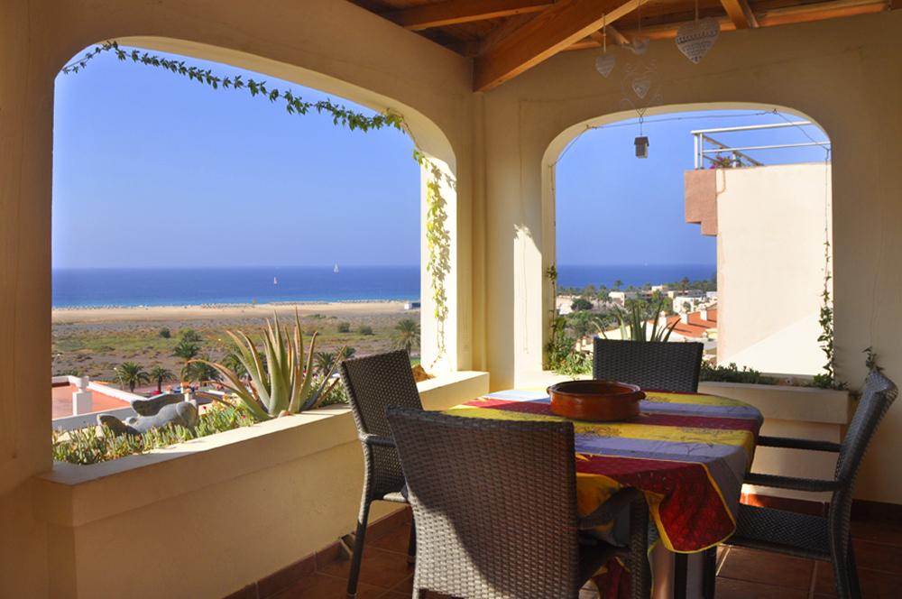 villa ocean view ferienhaus in jandia fuerteventura. Black Bedroom Furniture Sets. Home Design Ideas
